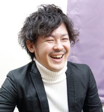 穴澤康弘プロフィール